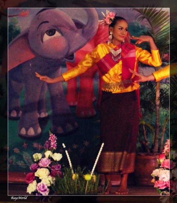 photoblog image Thai Dance
